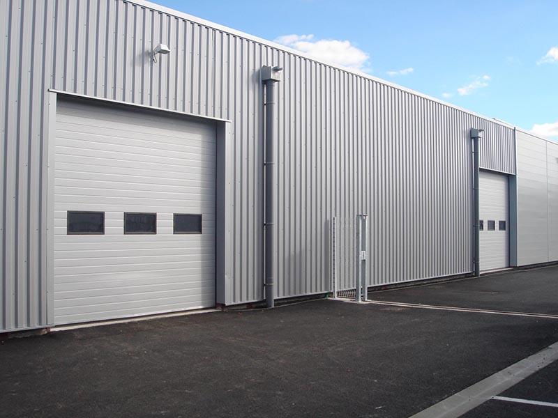 Bardage industriel sbem etanch it en mayenne 53 for Porte hangar